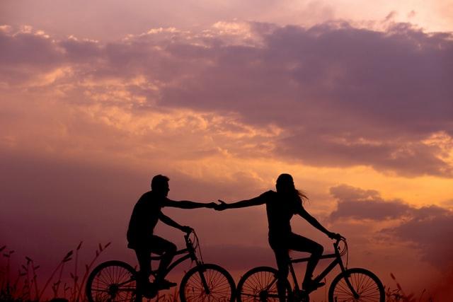 Comment construire une relation sérieuse : conseils.